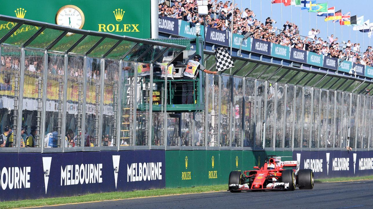 F1, al GP d'Australia vince la Ferrari di Vettel, secondo Hamilton