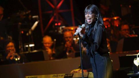 1 gennaio, addio a Natalie Cole, figlia d'arte e splendida voce jazz