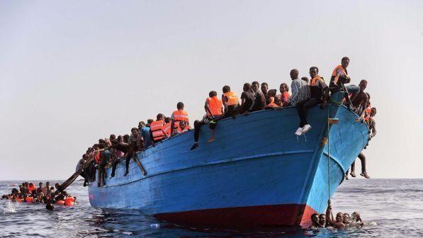 """Migranti, Marina Libia: """"Ong stavano aspettando barconi"""""""