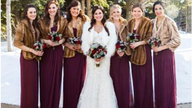 Matrimonio In Dicembre : Matrimonio il look per le damigelle e gli invitati d