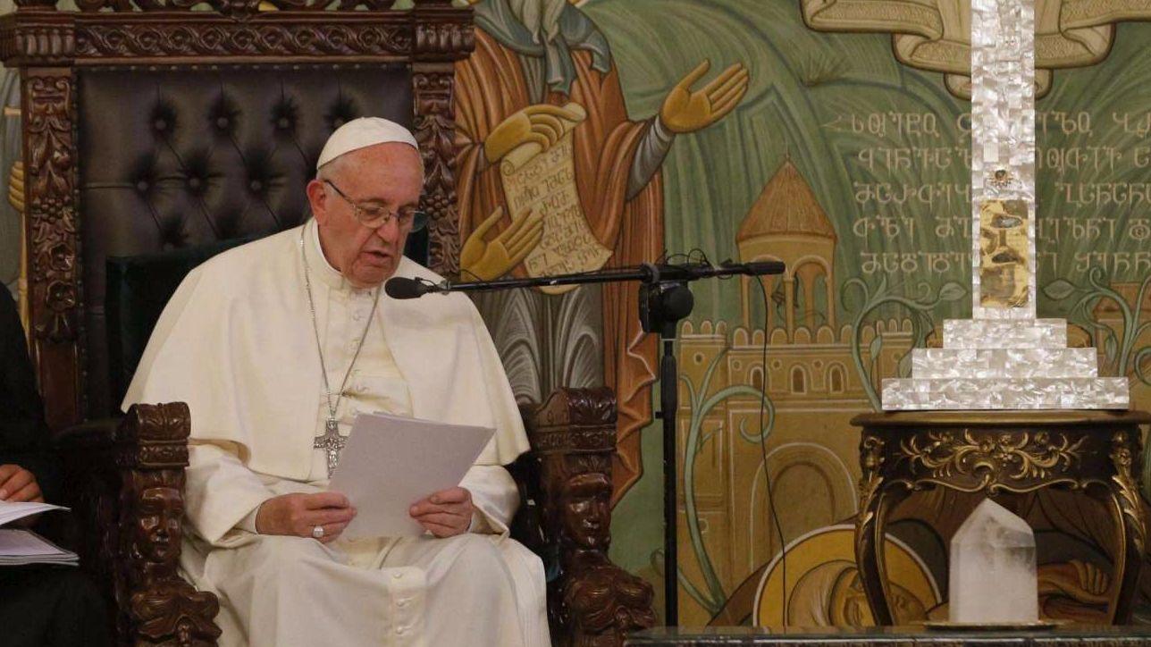 """Il patriarca di Baghdad invita Francesco in Iraq: """"Serve il vostro sostegno"""". Il Papa: """"Inshallah"""""""