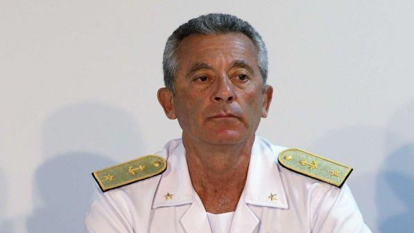 migranti, ammiraglio guardia costiera: risponderemo sempre agli sos delle ong - tgcom24