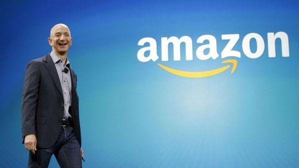 Jeff Bezos, 42 milioni di dollari per l'orologio che durerà 10mila anni