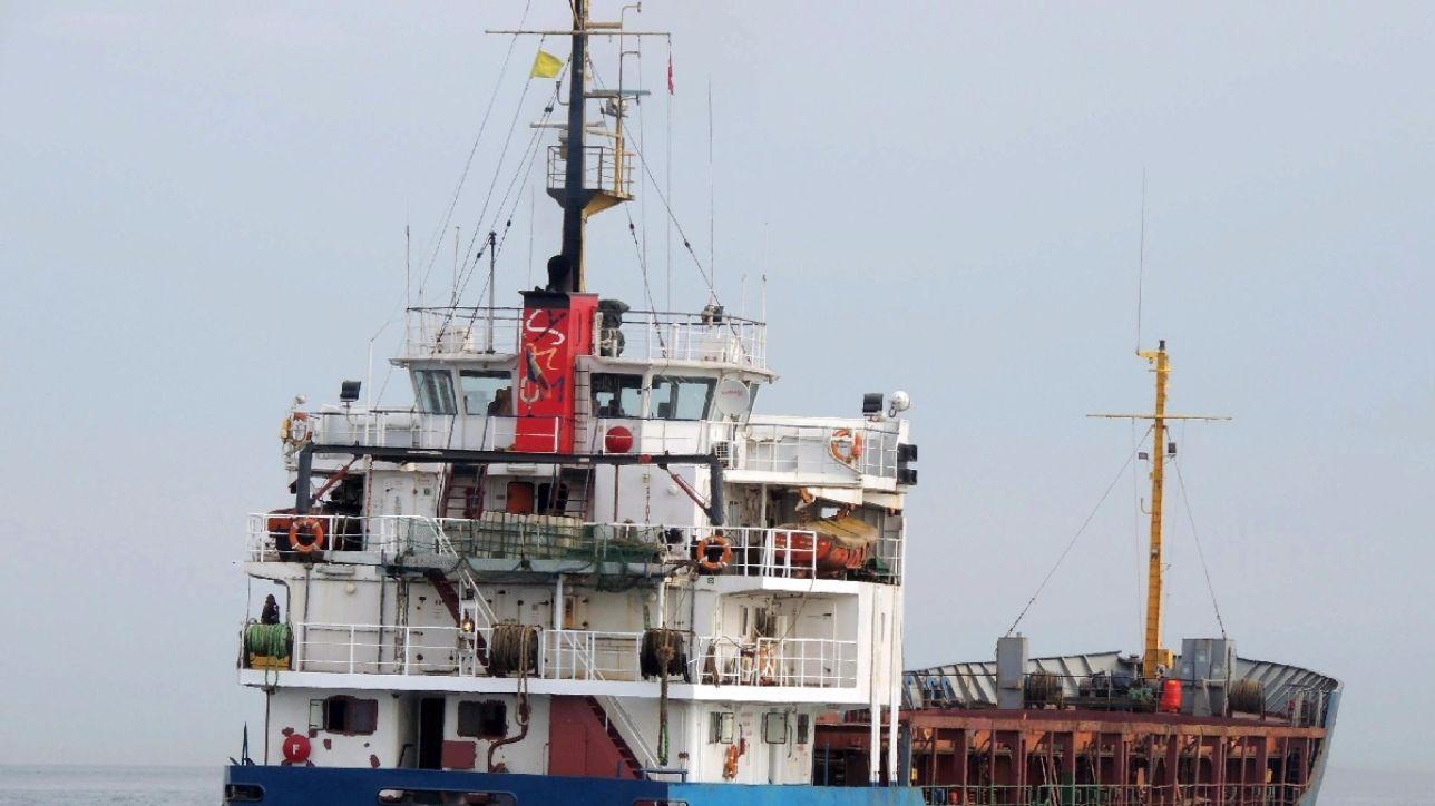 Nave sequestrata al largo della somalia pirati rilasciano for Largo somalia