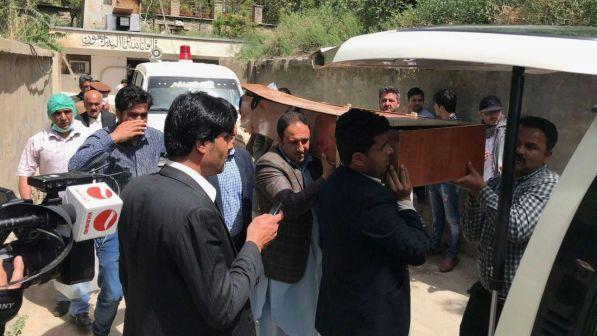 Duplice attacco kamikaze a Kabul: morti e decine di feriti | Tra le vittime anche reporter