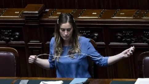 Italicum il governo ha ottenuto la prima fiducia alla for Onorevoli pd donne