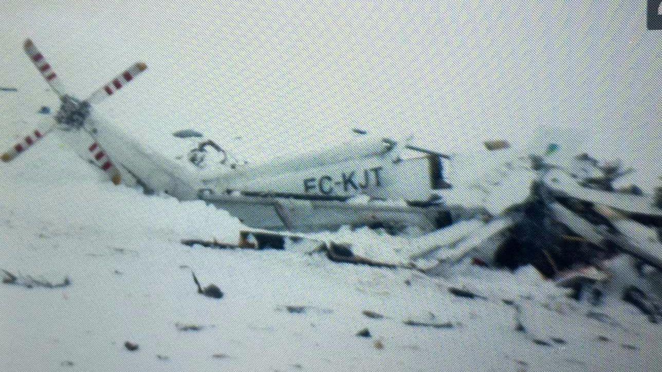 Elicottero Caduto : Elicottero caduto a l aquila nessun superstite tra i sei