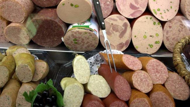 Allerta carne, Assocarni e Coldiretti: ne consumiamo la metà degli altri