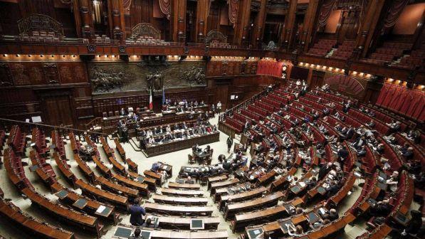 Camera ok dall 39 ufficio di presidenza al gruppo ala sc for Ufficio di presidenza