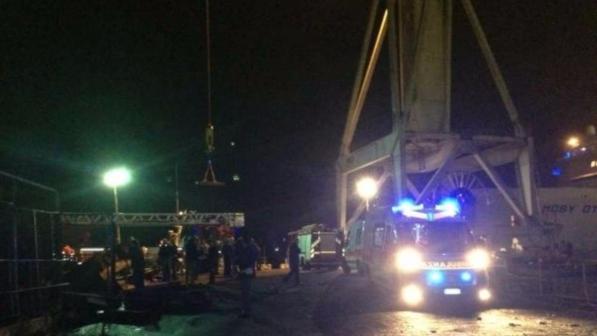 Incidente cargo Jolly Nero a Genova, la vedova e il militare morto ottengono l'adozione di una bimba