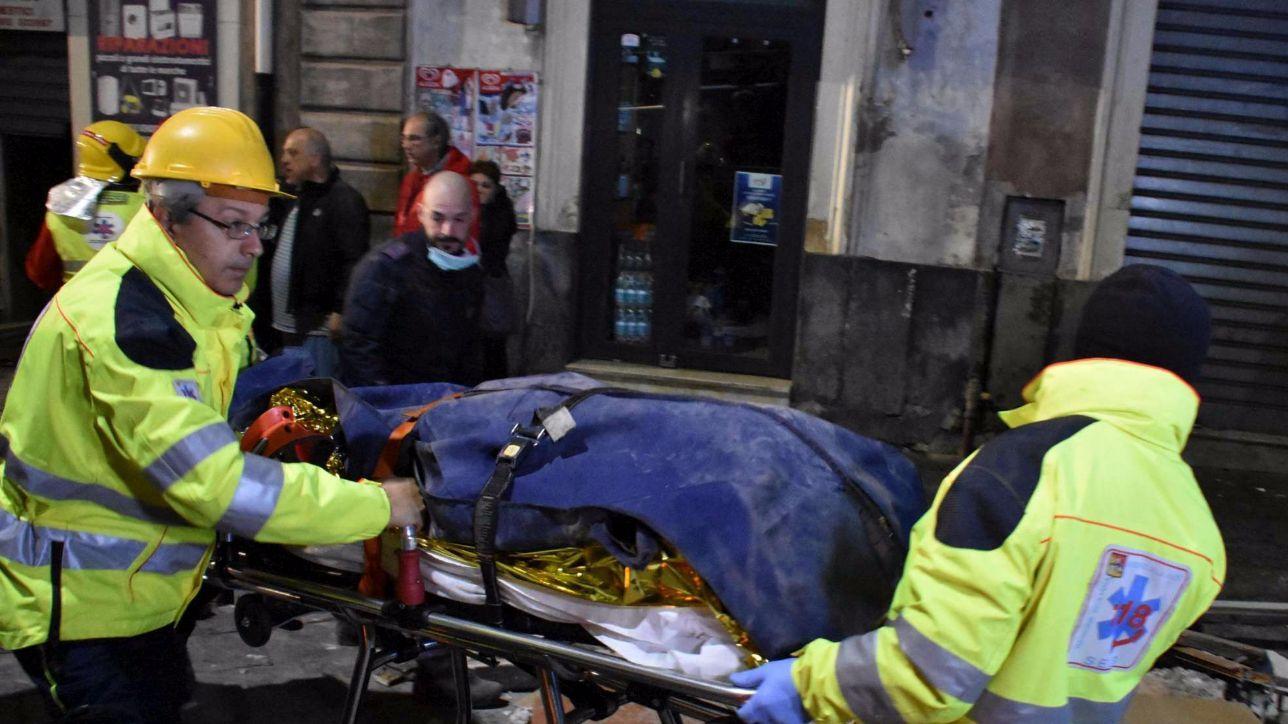 Catania crolla una palazzina di tre piani morta una for Piani di una palazzina di una storia