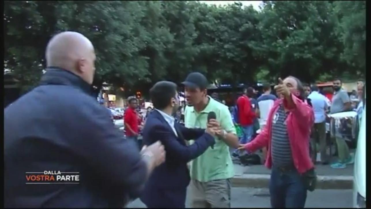 Roma aggressione in diretta al giornalista di dalla for In diretta dalla camera