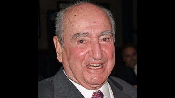 Grecia morto a 98 anni l 39 ex premier konstantinos for Criceto morto