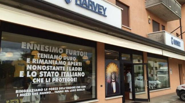 Subisce furti commerciante vicentino scrive lo stato for Questura di vicenza permesso di soggiorno