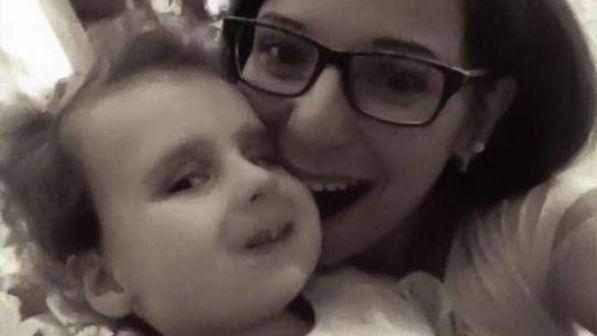 """Torino: morta la piccola Bea, la """"bambina di pietra"""""""