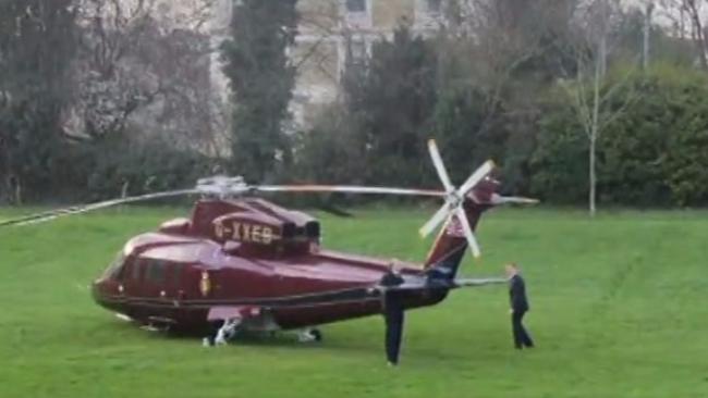 Elicottero Mediaset : Kate middleton spendacciona mila euro per un viaggio in