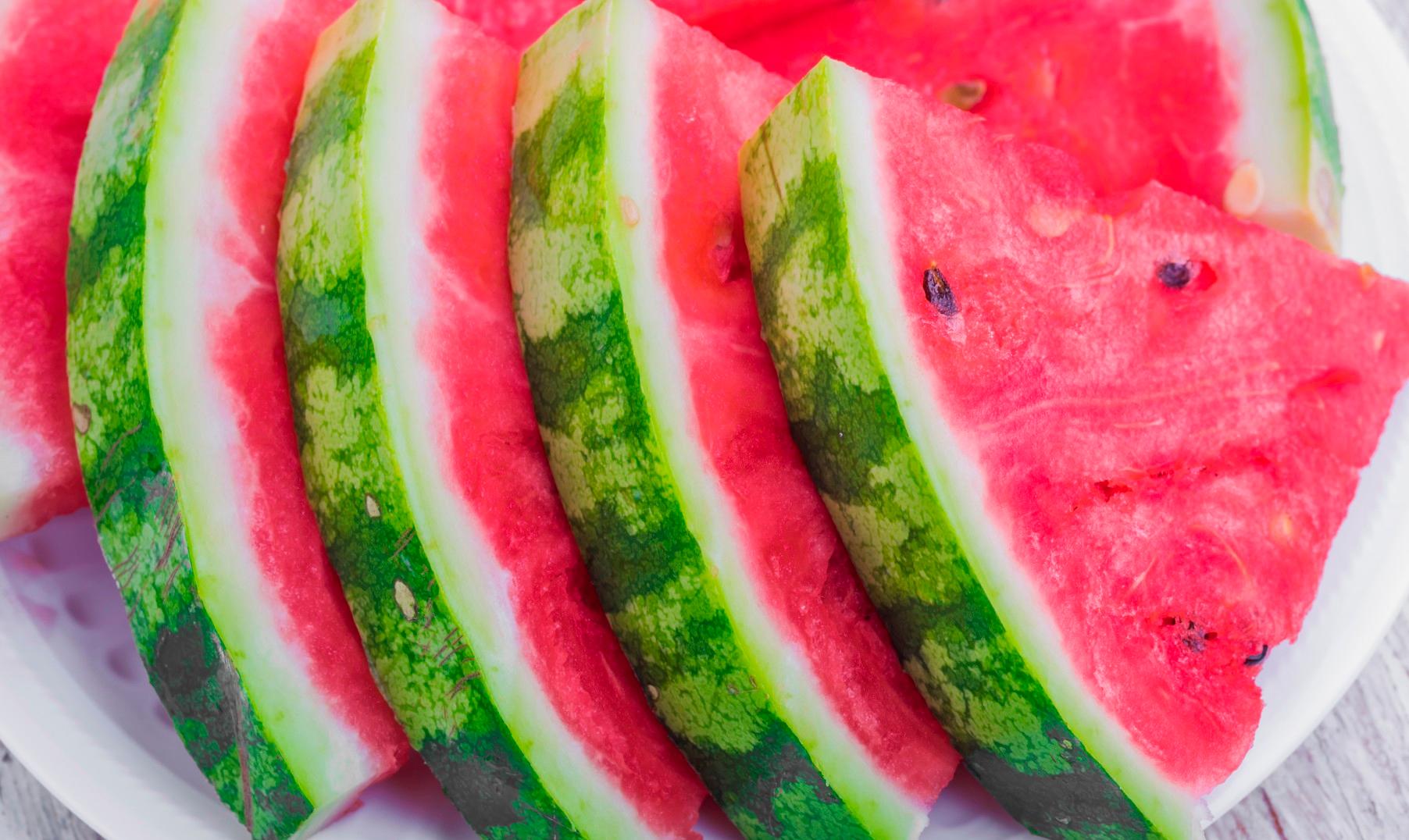 Mangia e bevi pi bella con la frutta di stagione for Frutta con la o iniziale