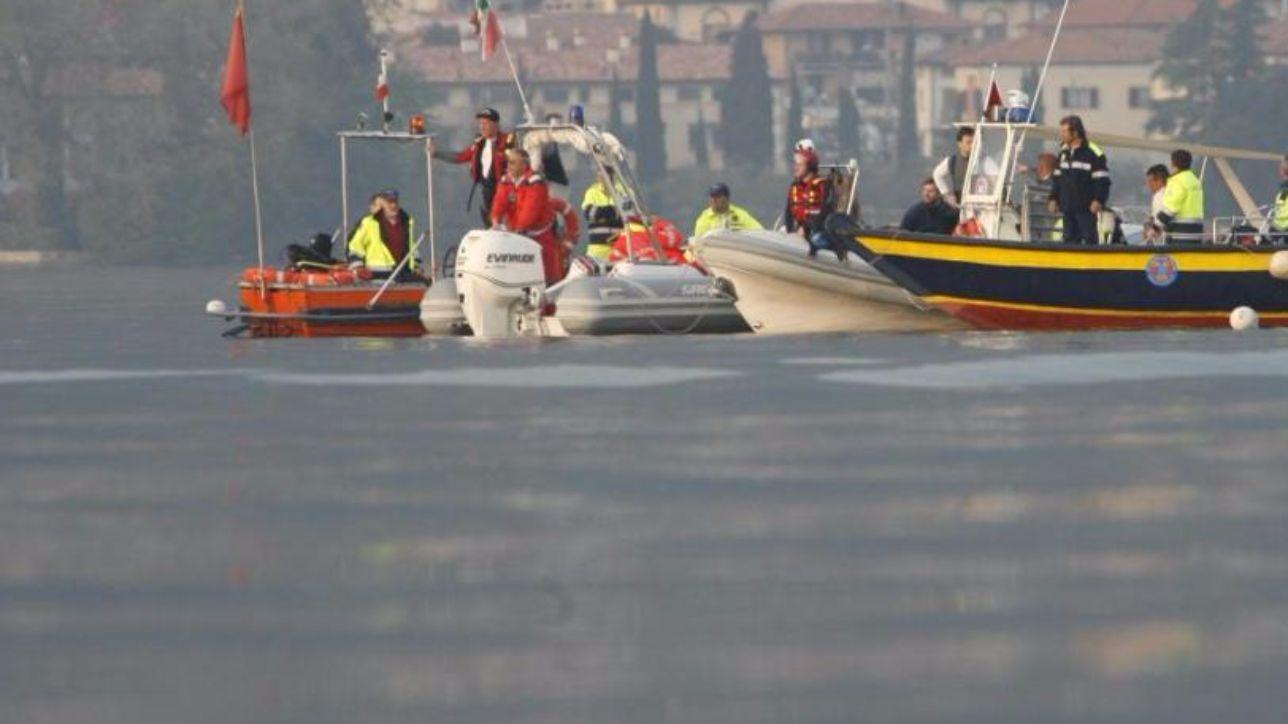 Scontro tra imbarcazioni nel Lario, 11 persone soccorse - Tgcom24