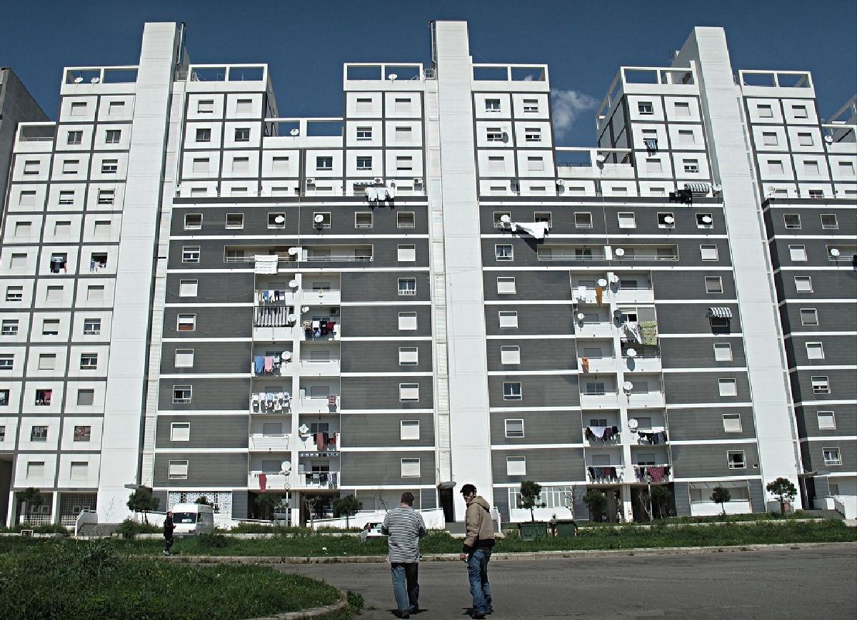 Prezzi delle abitazioni ancora in calo