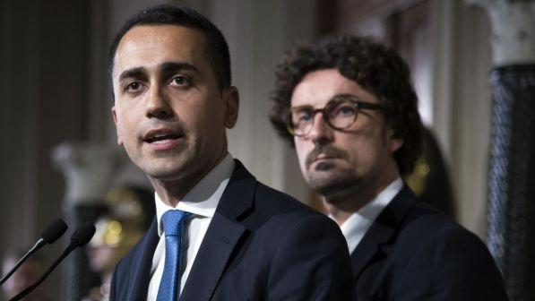 """Governo, Cinquestelle: """"No a Mattarella, si vada subito al voto"""""""