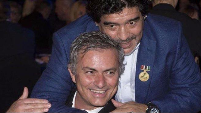 """Maradona chiama Mourinho, lo Special ringrazia: """"Grazie amico mio"""""""