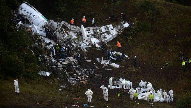 """Colombia, cade aereo con a bordo la Chapecoense: """"76 morti e 5 sopravvissuti"""""""