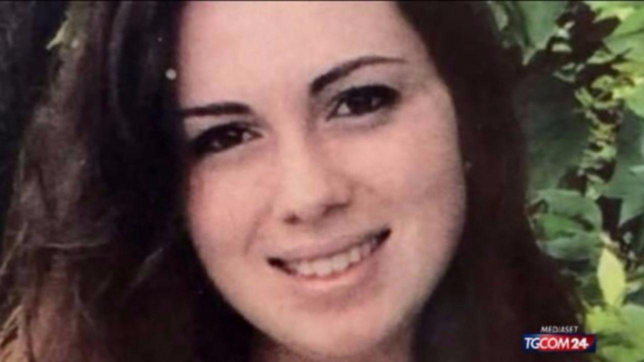 """Rifiutò la chemioterapia, il dossier rivela: """"Eleonora pesantemente condizionata dai genitori"""""""