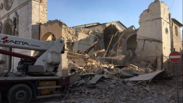 Nuova forte scossa di terremoto nel Centro Italia: magnitudo 6.5