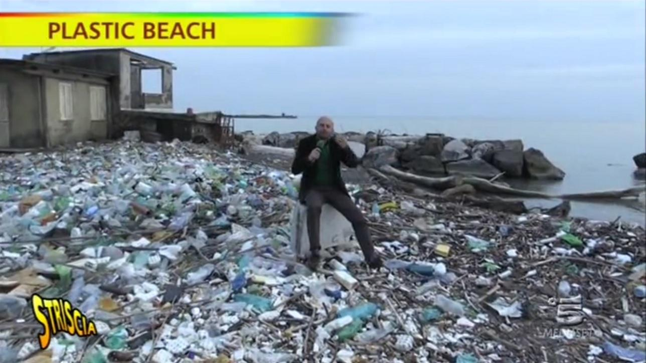 natura ostaggio dei rifiuti sulla quotplastic beachquot di