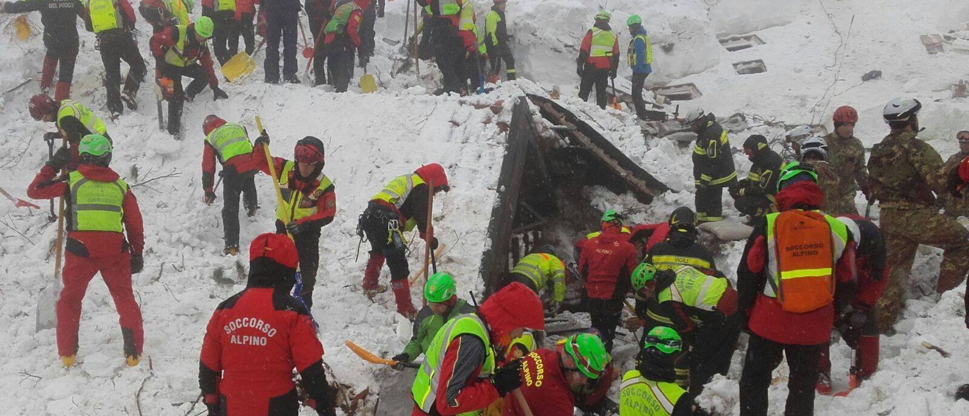 Slavina su hotel: rinvenuti 4 corpi, molti dispersi Protezione civile: continuiamo a scavare