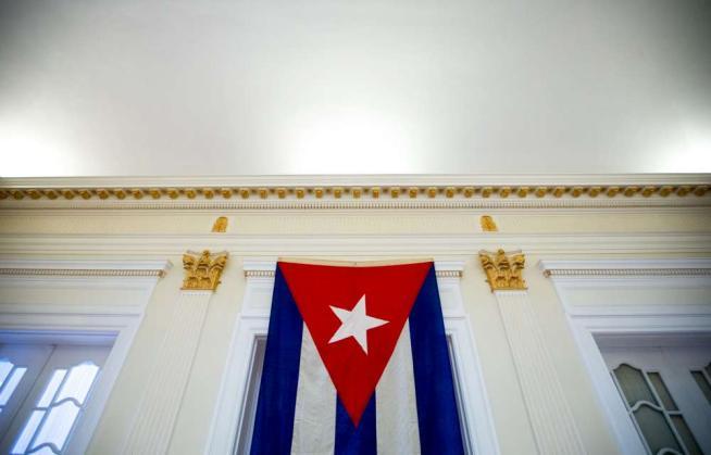 Usa, issata la bandiera cubana nell'ambasciata di Washington