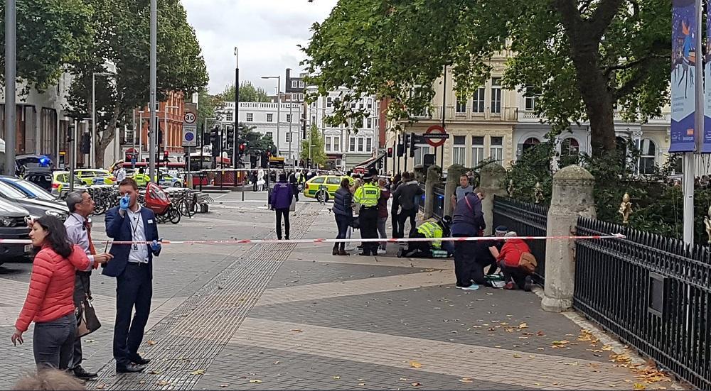 Londra, auto contro pedoni davanti al Museo di storia naturale