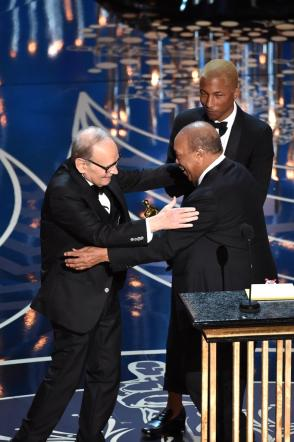 Oscar 2016, Ennio Morricone conquista l Academy con  The Hateful Eight