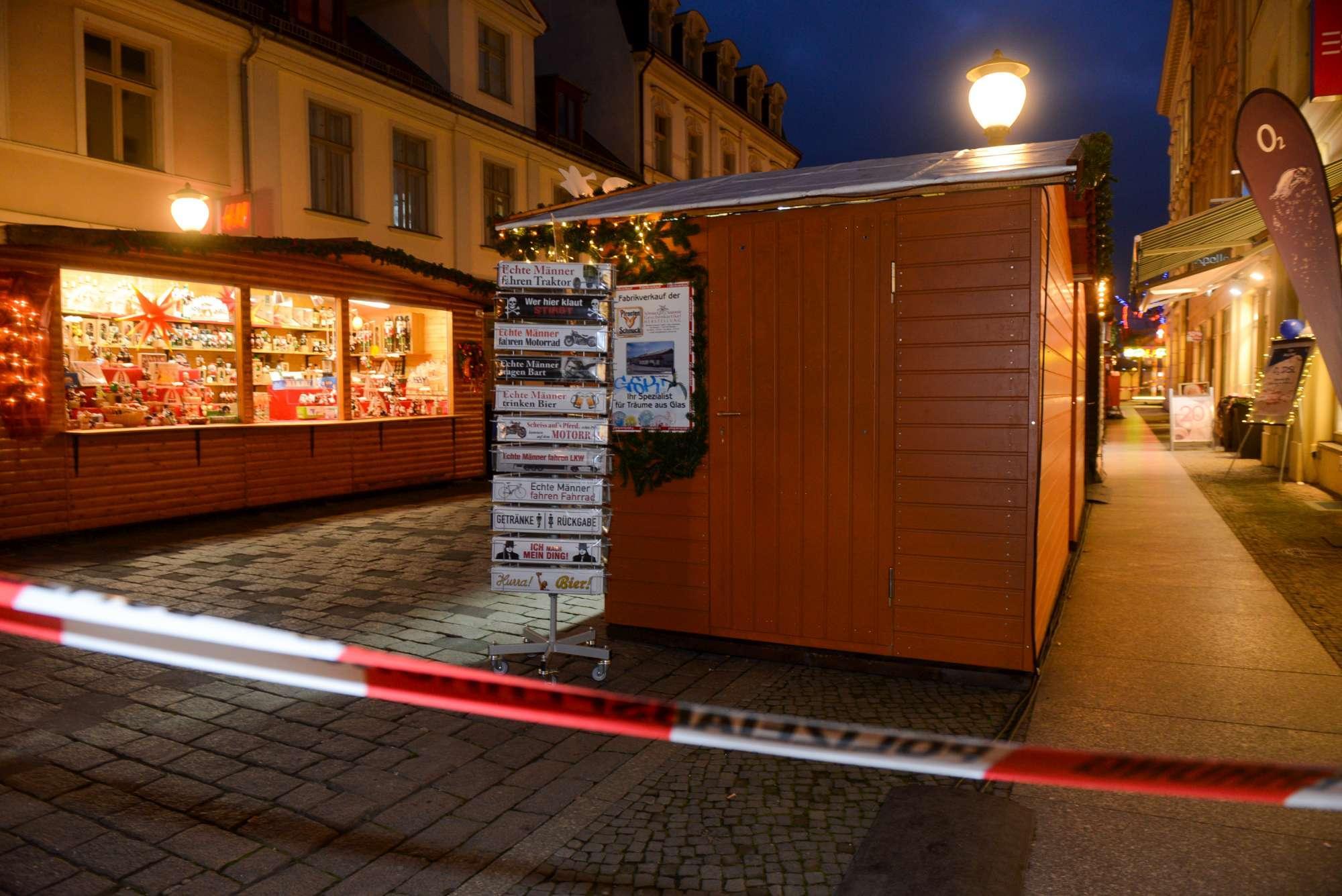 Potsdam, mercatino di Natale e città blindati: massima allerta per pacco esplosivo