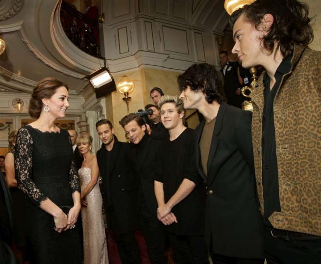 One Direction, incontro speciale con il principe William e Kate Middleton