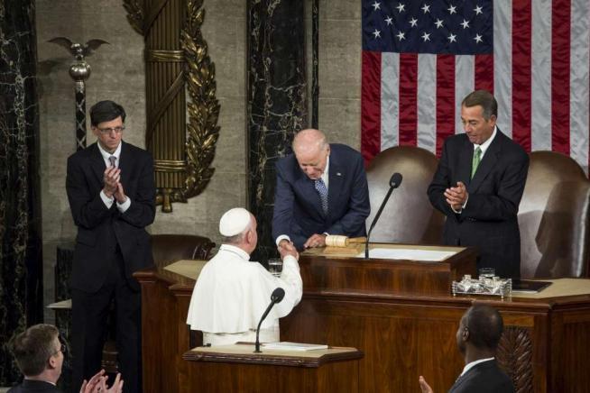 """Papa Francesco interviene al Congresso Usa """"Vita è sacra, abolire la pena di morte"""""""