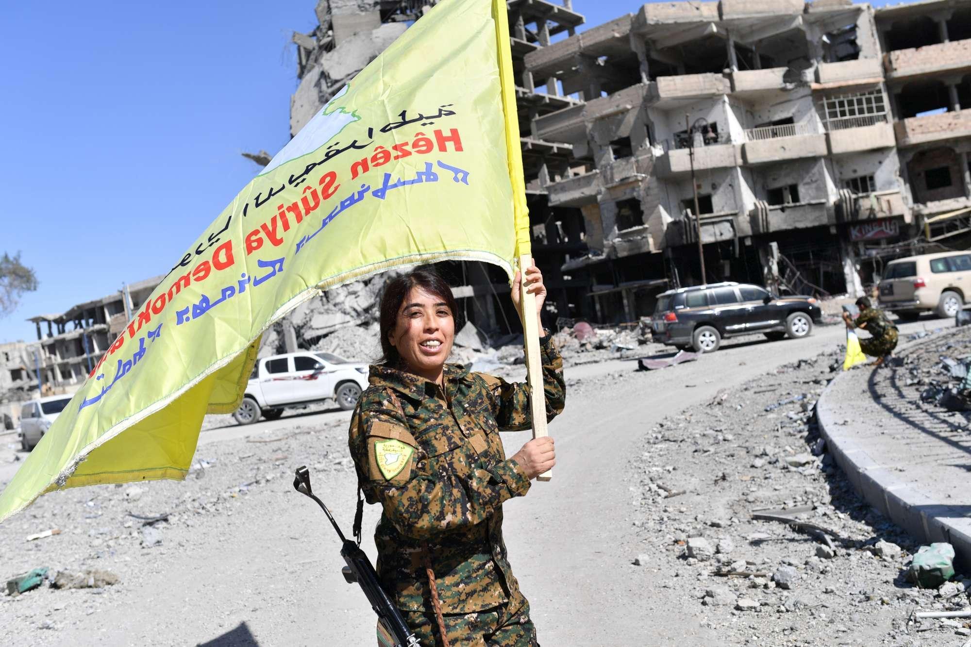 Siria, Raqqa liberata: esultano le forze curde