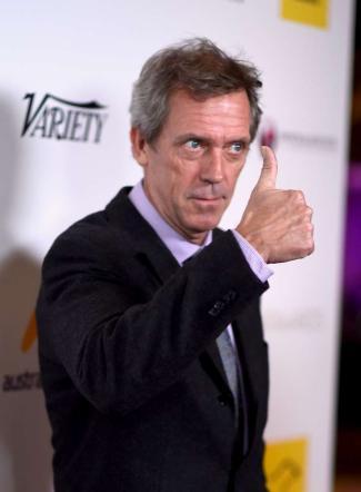 """Hugh Laurie rimette il """"camice"""", sarà di nuovo un medico in tv"""
