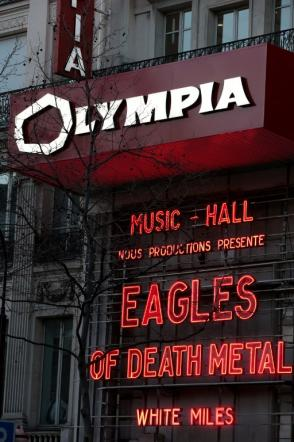 Eagles Of Death Metal, la prima volta a Parigi dopo la strage del Bataclan