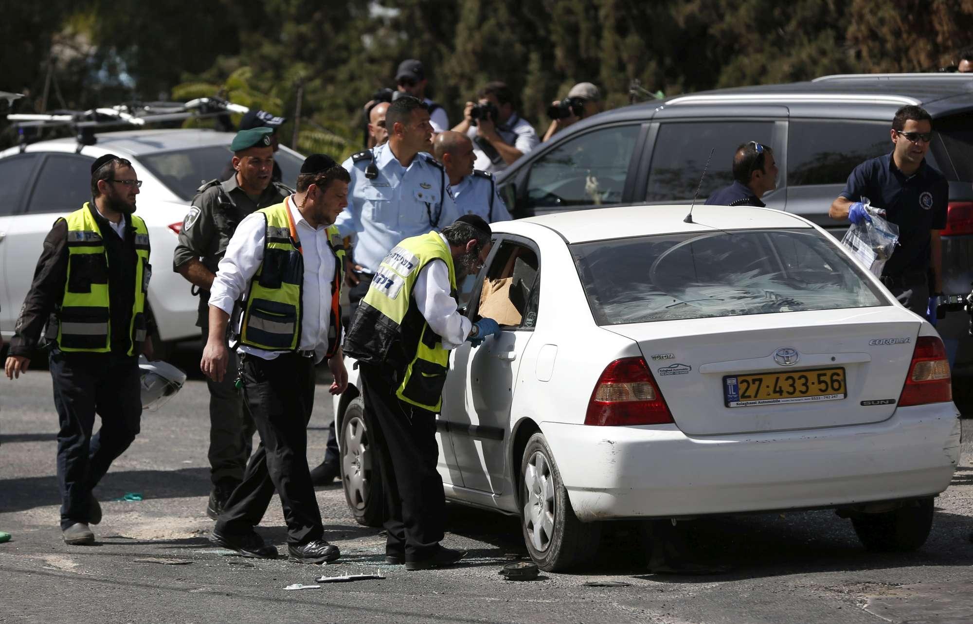 Attentato a Gerusalemme, diversi feriti. Terrorista ucciso