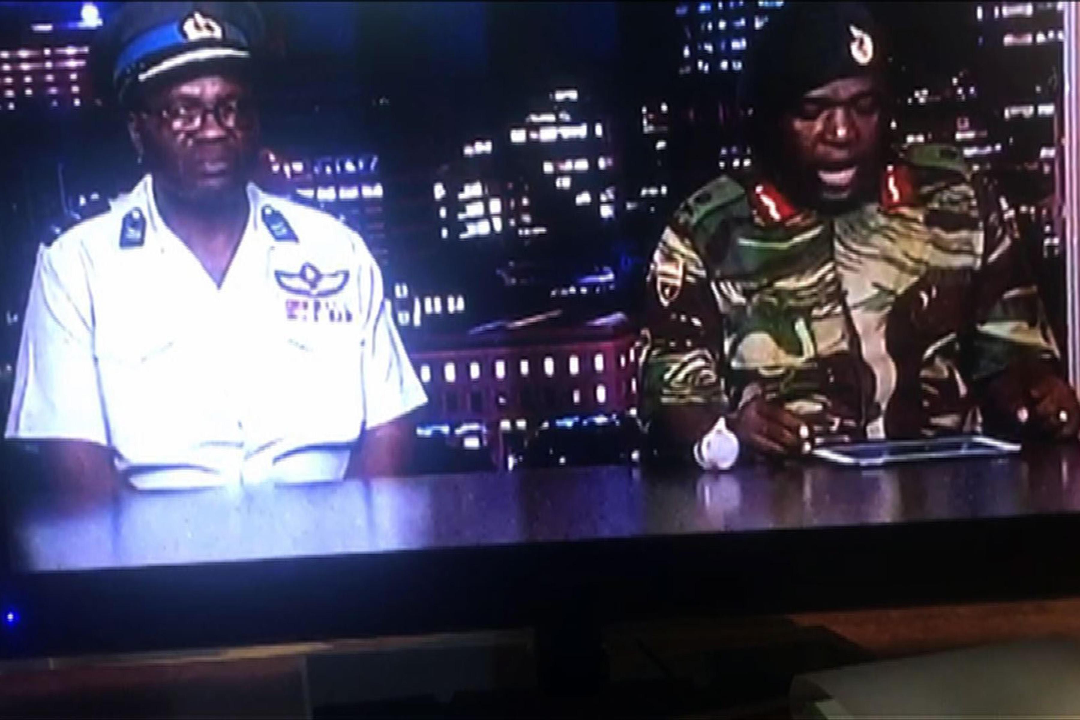 Zimbabwe nel caos, l esercito arresta il presidente Mugabe e la moglie