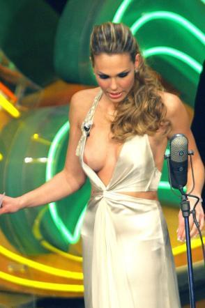 Ilary Blasi Nuda
