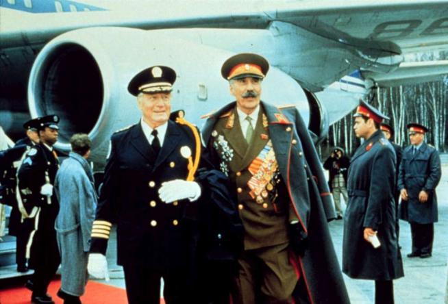 """George Gaynes, addio al comandante Lassard di """"Scuola di Polizia"""""""