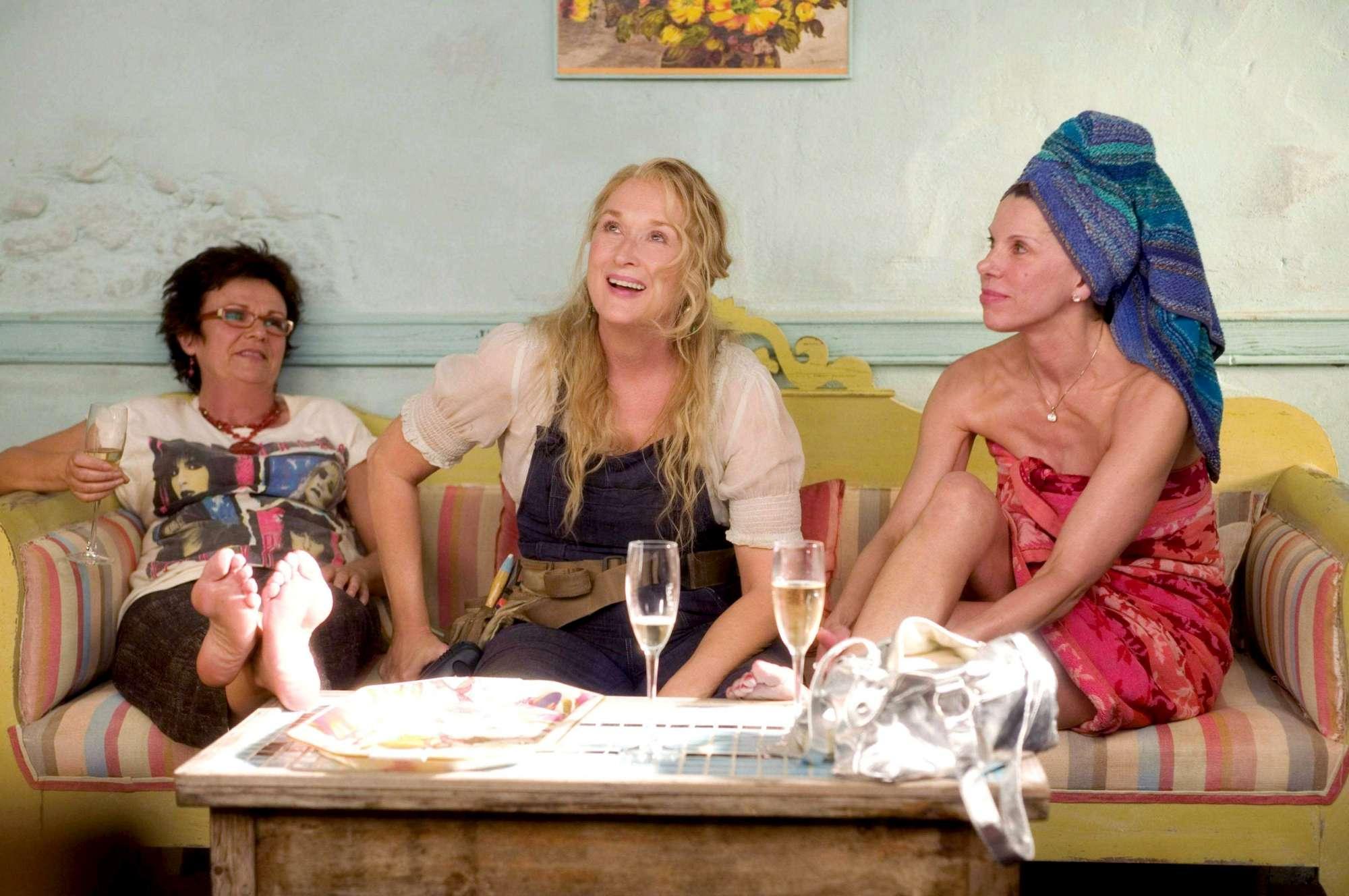 Mamma Mia! torna dopo dieci anni con un frizzante sequel