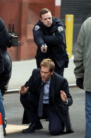 """""""The Following 3"""", Kevin Bacon arrestato dalla polizia di New York"""