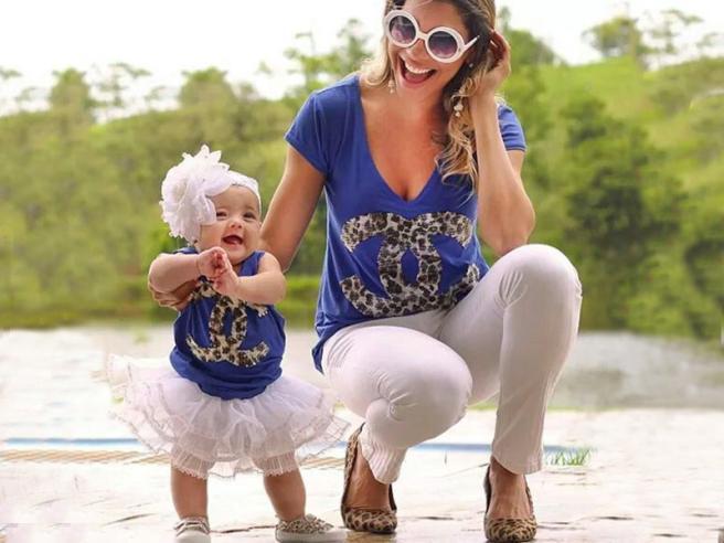 nuova collezione design innovativo ultimo sconto Mia figlia è una mini- me e ci vestiamo uguali - Tgcom24