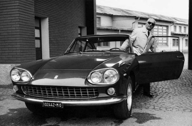 Enzo Ferrari, il mito del Drake: da pilota a imprenditore diventato leggenda