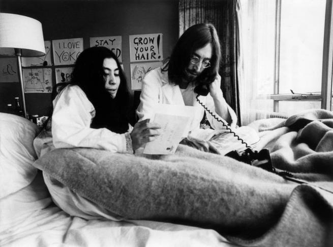 John Lennon, l'uomo che rivoluzionò la musica pop avrebbe 75 anni
