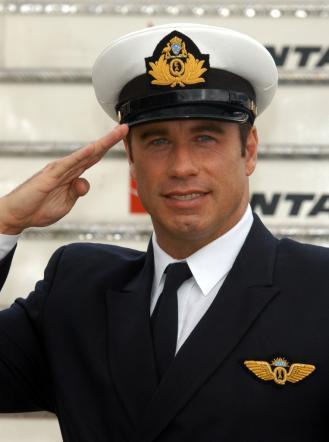 John Travolta, 60 anni per il divo capace di cadere e risorgere più volte