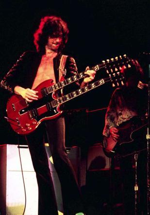 Jimmy Page, 70 anni di puro rock per la chitarra dei Led Zeppelin
